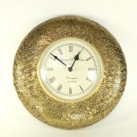 Часы с латунным декором