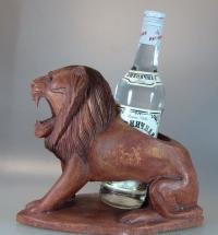"Подставка под бутылку ""Лев"""