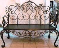 Скамейка в стиле рококо