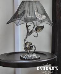 Светильник с бабочкими
